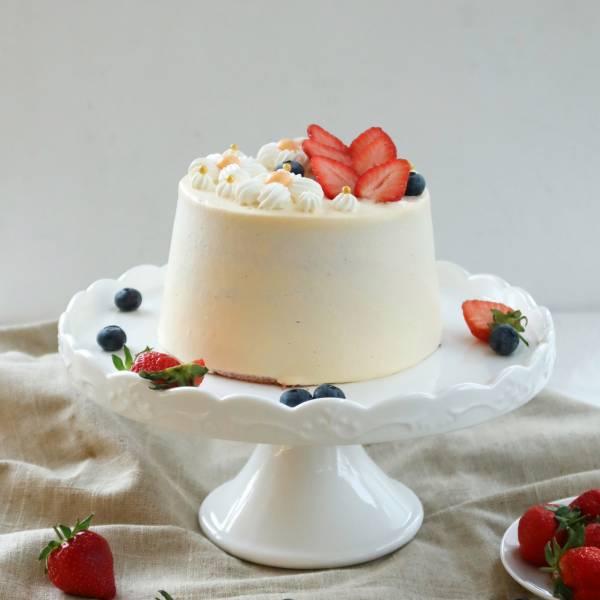 小雛菊 / 手工草莓內餡 / 戚風蛋糕 生日蛋糕,戚風蛋糕,奶油蛋糕,台中蛋糕,台中甜點