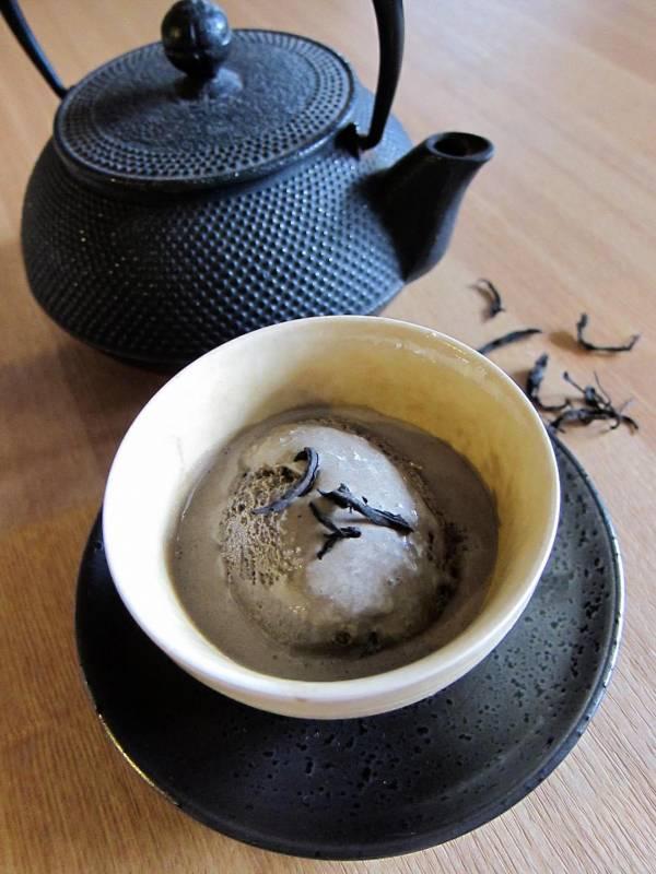 【日本焙茶】:獻給厚重焙火的茶迷!鐵觀音茶冰淇淋之外的好選擇! 日本焙茶;重焙火;茶冰淇淋;日本茶;法式手工冰淇淋;駱師傅法式冰淇淋之家