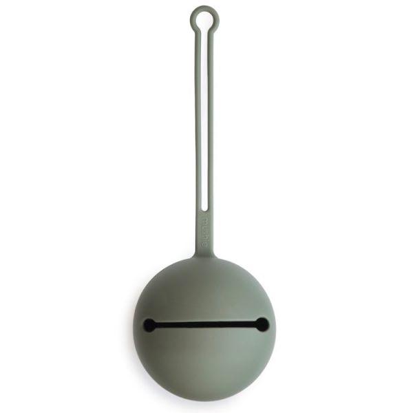 Mushie矽膠奶嘴盒-灰綠色  Mushie,奶嘴收納盒