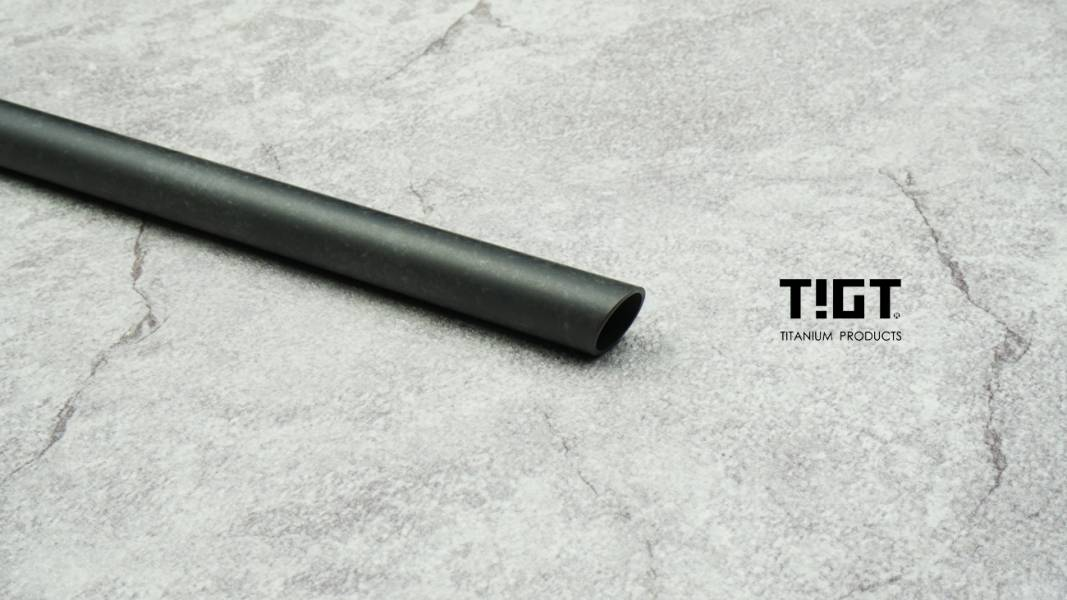 TIGT- 鈦吸管 -粗吸管 外徑12mm,珍奶專用<1mm壁厚斜角版> 一支裝 (附攜帶布套及吸管刷) TIGT 鈦金屬 限塑 鈦吸管 吸管 環保 藍藍漸層 健康 無毒