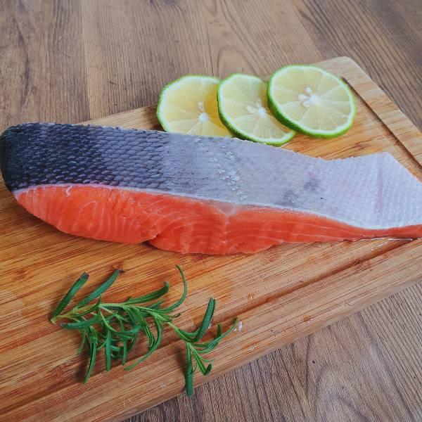 厚切鮭魚菲力(10片一組)