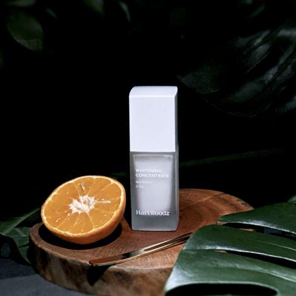 嫩白雙生精質凝乳 35ml 均色亮膚潤乾肌 透氣不膩 純素 均勻膚色,傳明酸,舒緩肌膚脫皮