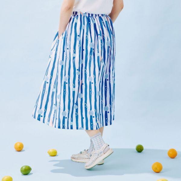 細褶寬擺傘裙/碎冰泡泡/清涼藍白 戀夏冰果室 ,冰果室,復古印花,文青穿搭,裙子