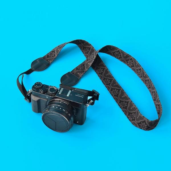 相機揹帶/玻璃海棠/紳士黑色 相機背帶