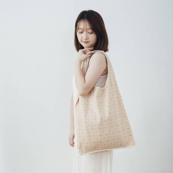 中型側揹背心袋/玻璃海棠/麻黃紅褐 掛飾, 長巾, 手帕