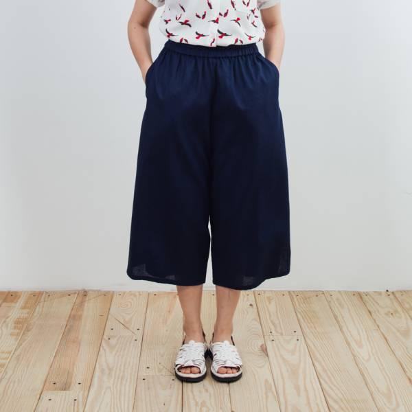 休閒寬版八分褲/雜花/棉麻藍色 2019,八分褲,休閒