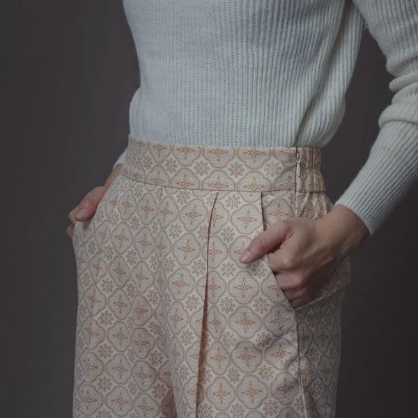 寬版打褶長褲/玻璃海棠/麻黃紅褐 長褲