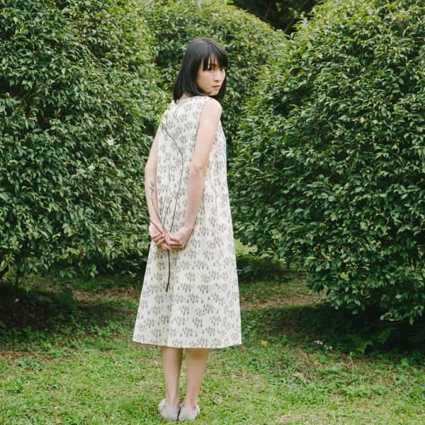 A字連身長洋裝-柔棉款M/藝術家聯名/印花樂 x 古曉茵/森林物語/米褐藍 連身裙,洋裝