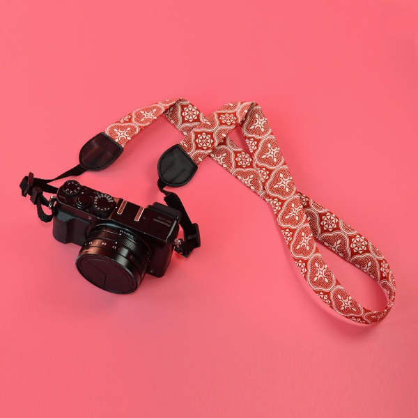 相機揹帶/玻璃海棠/名伶深紅 相機背帶