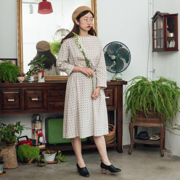 A字寬版罩衫/老磁磚2號/雲塵灰色 洋裝,罩衫,寬版,花襯衫,印花布料