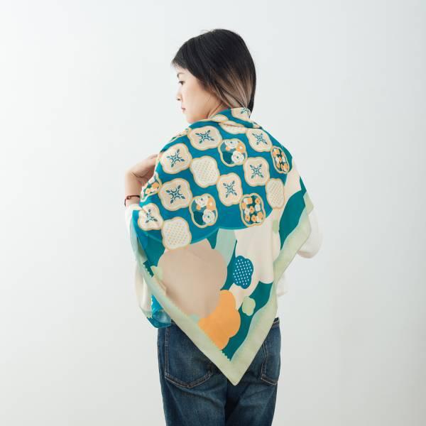 印花絲巾-90x90/雜花/海棠幻境/藍綠(微瑕品) 絲巾