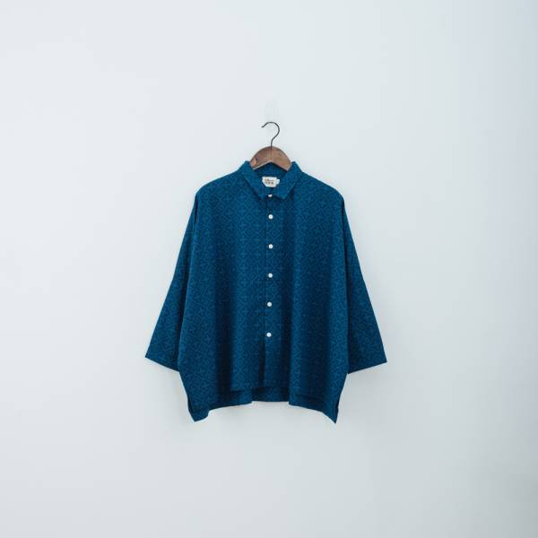 中性寬版八分袖襯衫/玻璃海棠/宅邸深藍 中性襯衫,襯衫,花襯衫,印花布料