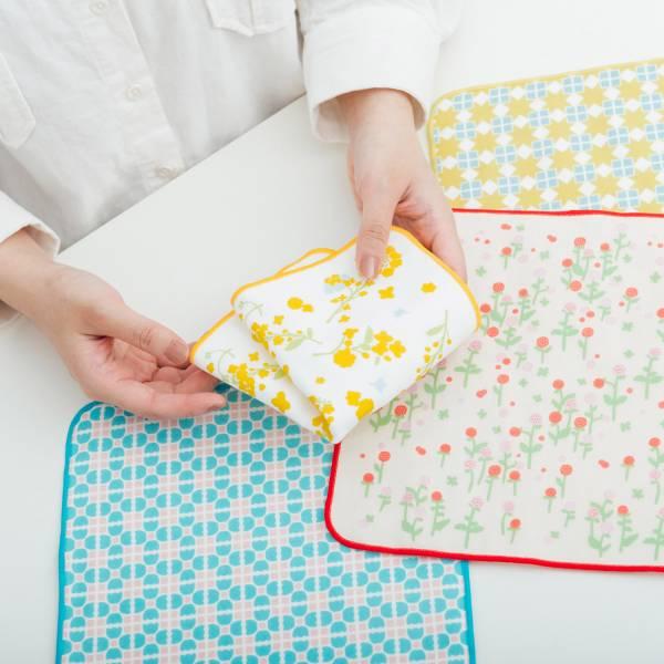 【贈品】和風雙層小方巾乙入(隨機不挑色)