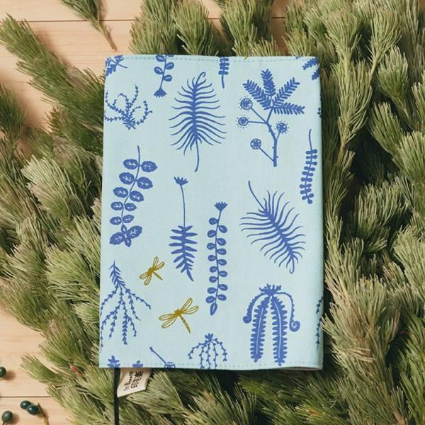 20K布書衣/野花草與蜻蜓/花瓣藍紫 書衣