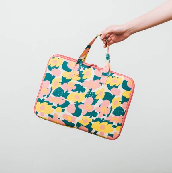 13吋筆電收納包-差旅款/藝術家聯名/印花樂 x UULIN/荷包蛋花朵/粉色 筆電包, 筆電袋