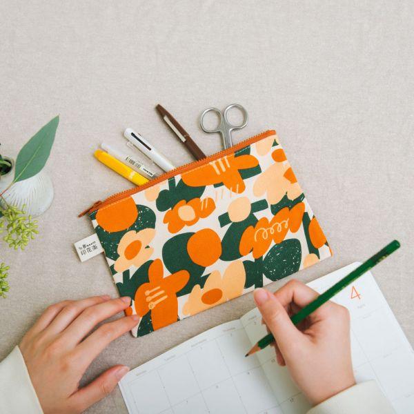 拉鏈文具袋-L14/藝術家聯名/印花樂 x UULIN/荷包蛋花朵/橘色 筆袋, 收納包, 文具袋, 化妝包, 盥洗包