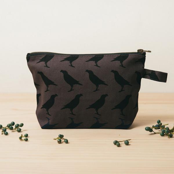 拉鏈梯形收納包/台灣八哥5號/工匠灰黑 化妝包, 盥洗包, 收納包