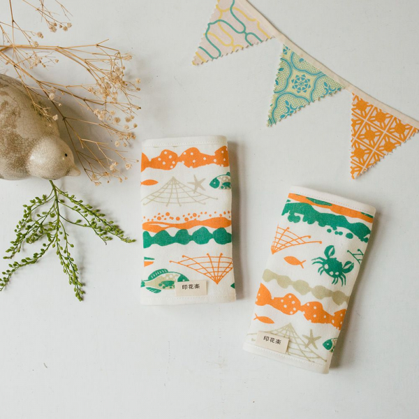 寶寶背帶口水巾二入組/海的寶物_魚群/玩具橘綠 背帶口水巾, 口水巾