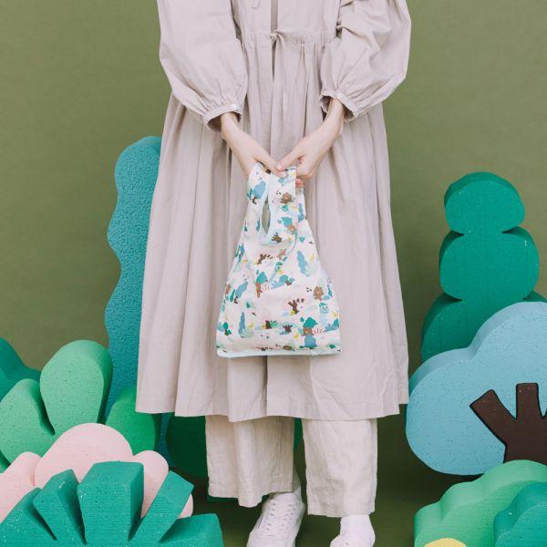 可收捲小背心袋/限定花色/印花樂 BROWN & FRIENDS/原野米綠 可收捲小背心袋,手拿包, 手提包,手提袋,背心袋,環保袋,LINE FRIENDS,BROWN & FRIENDS,寶島之旅