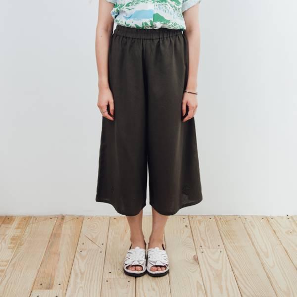 休閒寬版八分褲/雜花/棉麻綠色 2019,八分褲,休閒