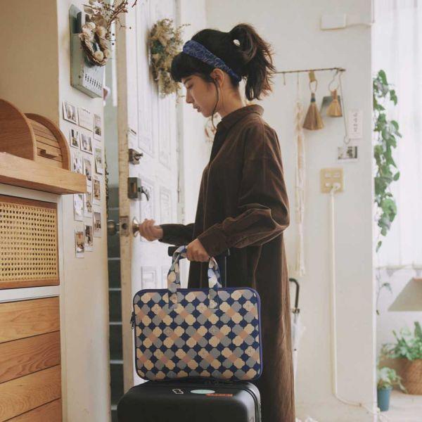 13吋筆電收納包-差旅款/玻璃海棠2號/學院藍