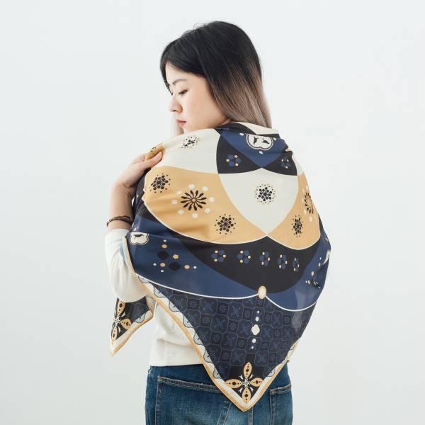 印花絲巾-90x90/雜花/海棠曼陀羅/深藍 絲巾
