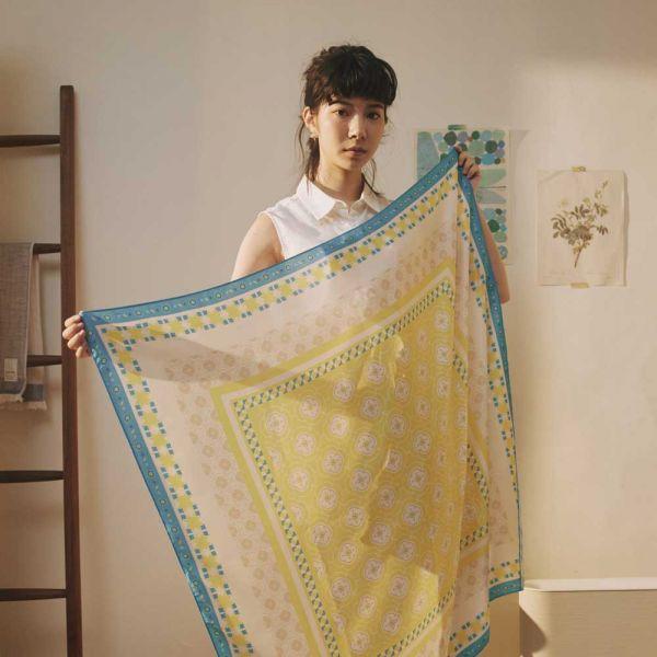 印花絲巾-100x100/玻璃海棠3號/陽光黃