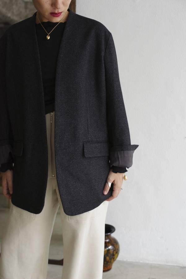 pelleq - collarless jacket
