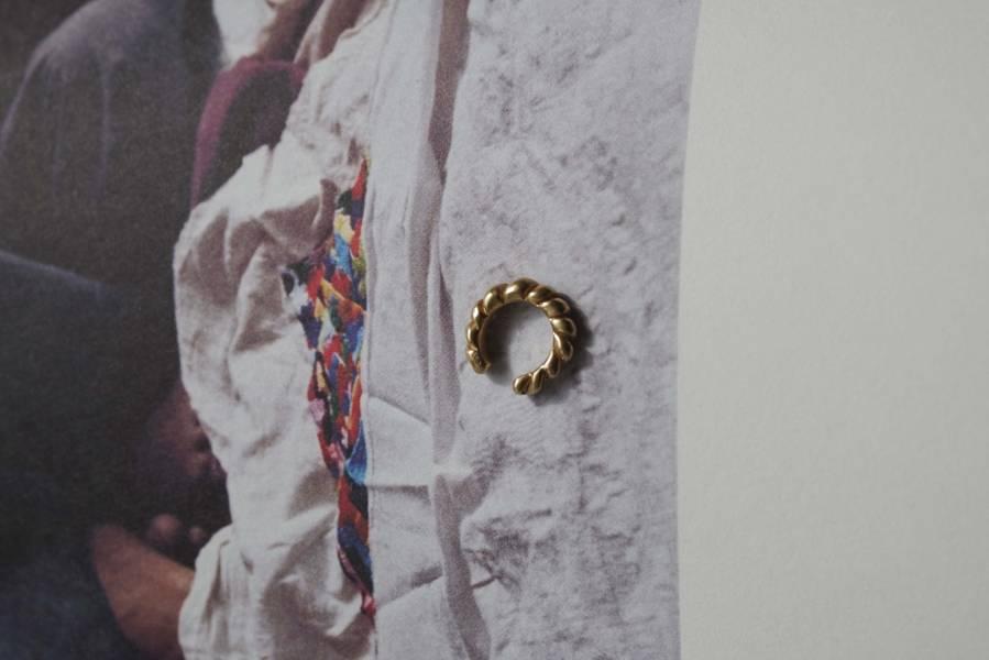 ST, CAT - loop ear clip / gold