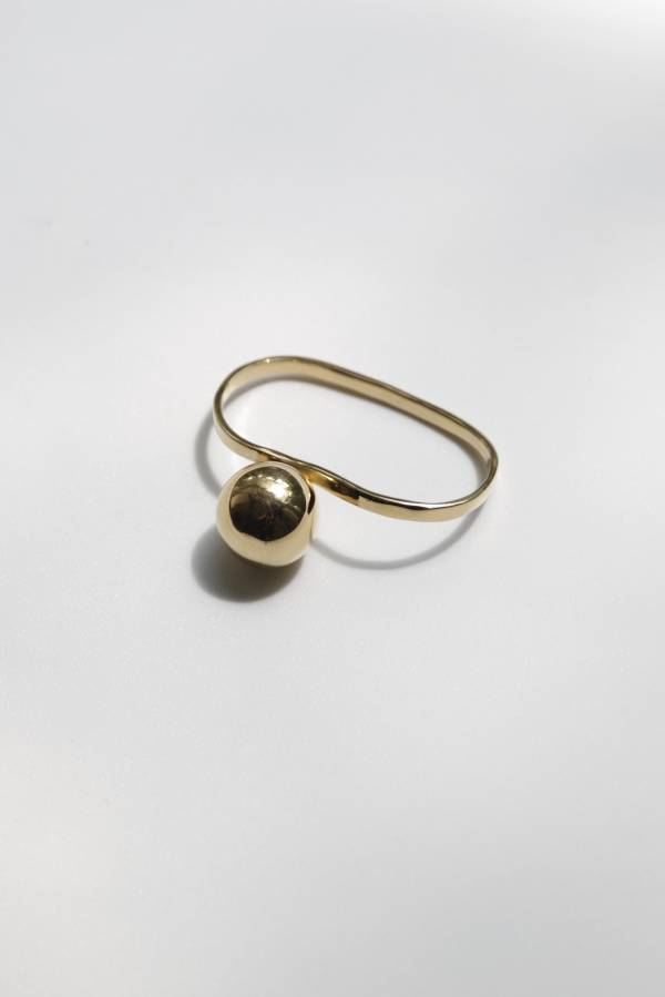 R.ALAGAN - side ball ring in gold