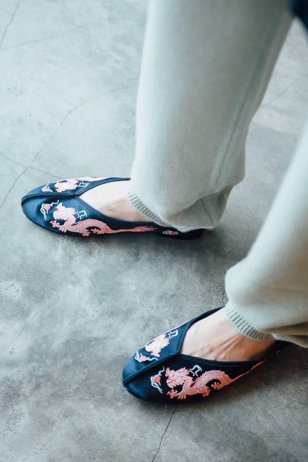 好好穿繡花鞋 - 深藍