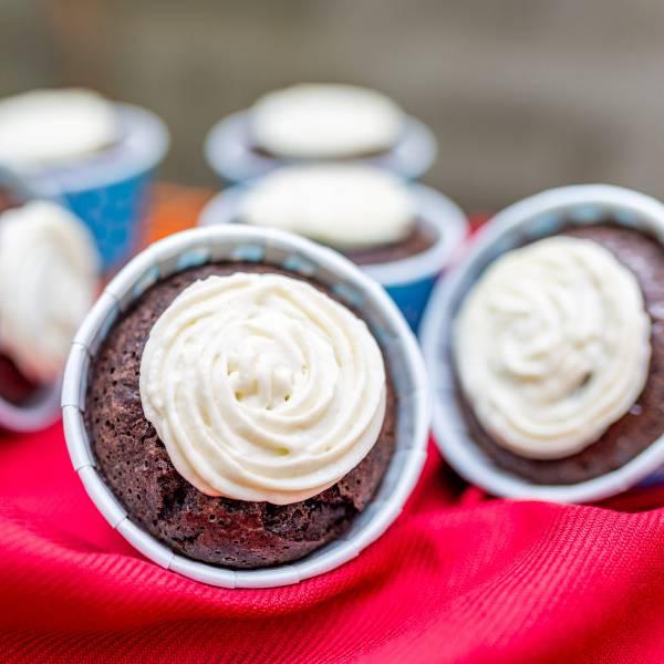 【生酮】起司巧克力杯子蛋糕 台北美食,信義區,生酮甜點,巧克力,蛋糕,健身美食,生酮飲食,低碳,杯子蛋糕