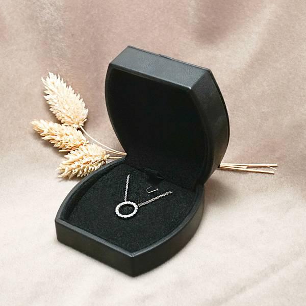 夢娜項鍊盒(外黑內黑)-飾品收納盒|收納首飾盒 送禮項鍊盒