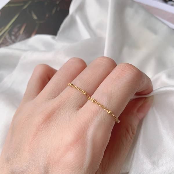 環星帶 2件組 手工鏈戒 產品 : 輕珠寶、項鍊、手鏈、耳環耳夾、戒指,訂製款、客製化、設計款。 誕生石、客製化、項鍊手鍊長度訂製。淡水珍珠、月光石、紅寶石、托帕石、紫水晶、石榴石。