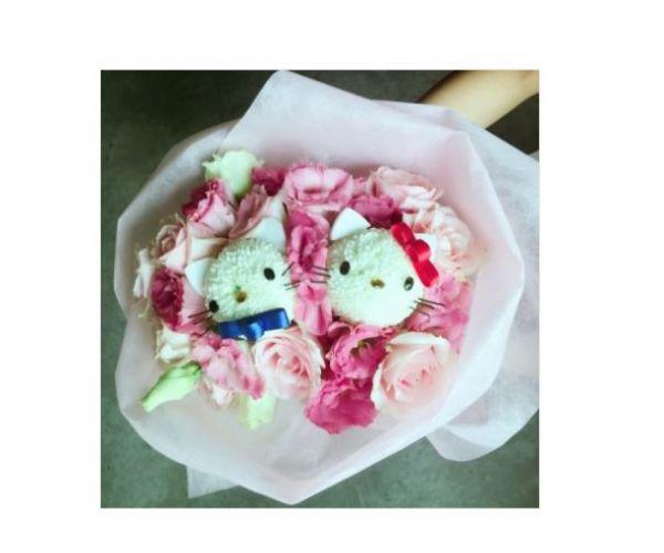 專情粉紅花束 Q版 提供現代日韓風可愛浪漫風格花束