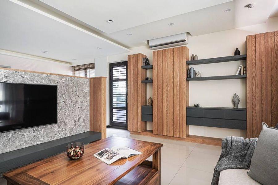 案例分享-私宅空間:紅像木皮板打造自然風居家 裝潢,原木木頭,德屋建材,天然,自然風,客廳,書櫃,居家,