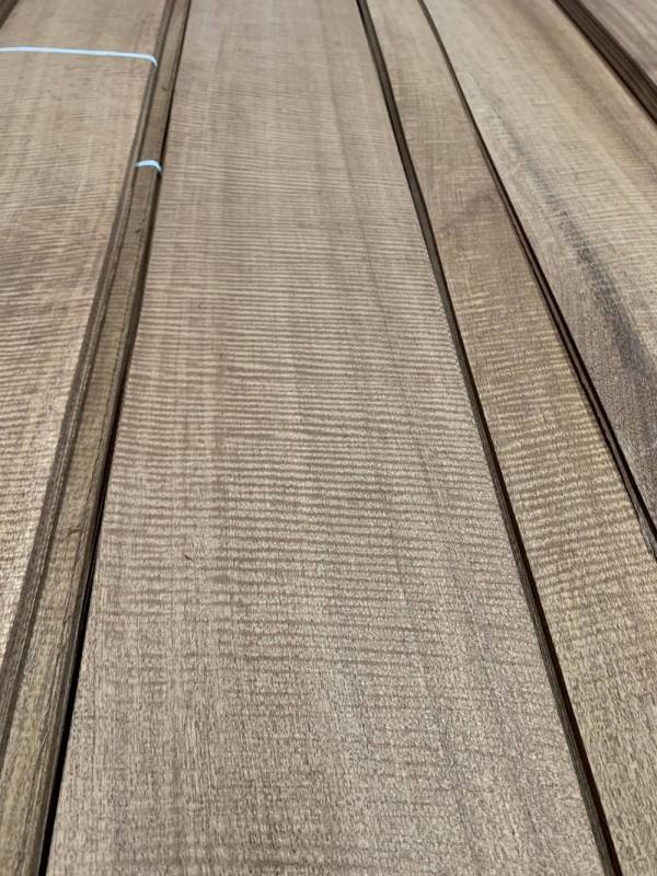 水波紋桃花心木,有夠水的啦!!!!  桃花心木,水波,天然木皮,裝潢,門板,玄關,大廳,辦公室