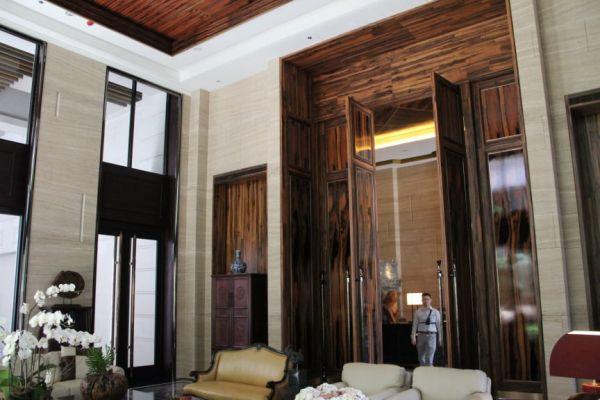 案例分享-私宅空間:低調奢華的大廳 裝潢,實木皮板,大廳,德屋建材,低調奢華,幸福,天然,美好,