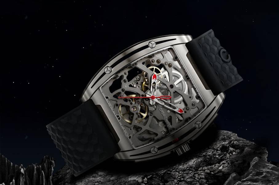 CIGA 雙面鏤空鈦機械錶